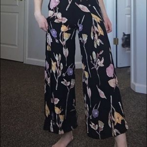 High wasted flowy floral pants